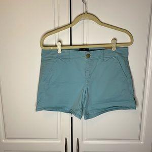 NWT American Eagle midi blue shorts